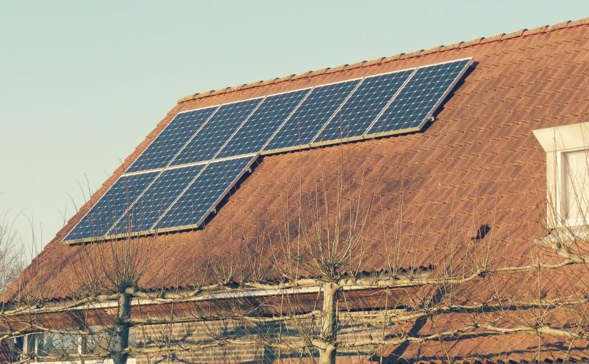 Énergie : faire poser des panneaux solaires sur sa maison