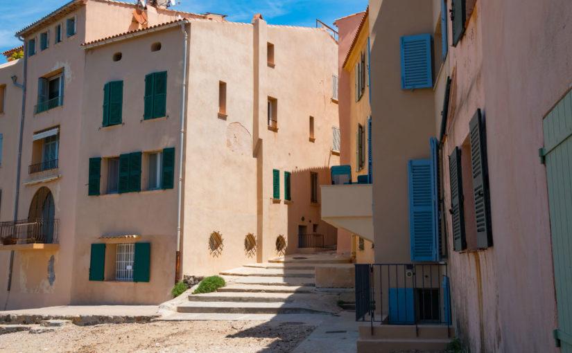 Pourquoi investir dans une villa à Saint-Tropez ?